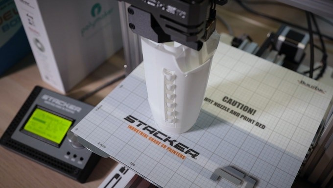 stacker, single head, 1 head, 3d desktop printer, stacker 3d, f-1, f1, f-box, fbox, industrial printer, f1, thermal runaway protection, temp sensors, filament drive, print examples